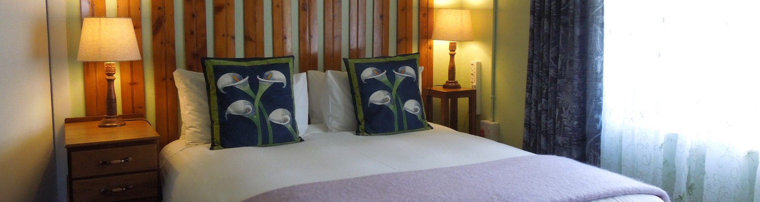 Angler and Antelope, self-catering Somerset East, bedroom